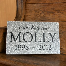 "Pet Marker: Grey Granite 16""x10""x2"""